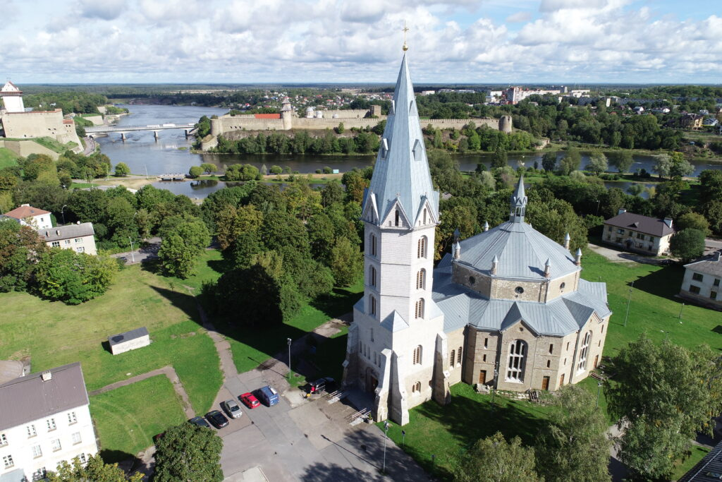 Narva Aleksandri kiriku droonifoto 2